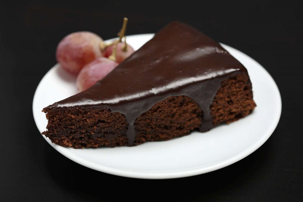 Chocolate cake with grapes